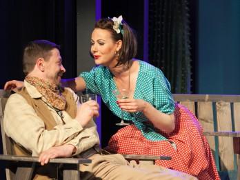 """Liepājas teātrī pēdējo reizi tiks spēlēta izrāde """"Platonovs un viņa sievietes"""""""
