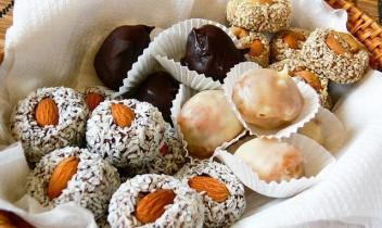 Pašgatavotas konfektes - lēti un garšīgi