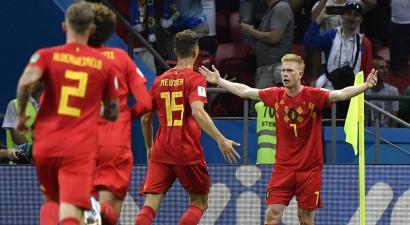 Beļģi pirmajā puslaikā nokārto uzvaru pret Brazīliju, galvenie favorīti brauc mājās