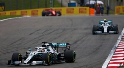 """""""Formulā 1"""" gatavojas ieviest divtaktu dzinējus"""