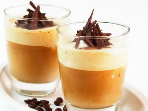 Ledus kafija karstam vasaras rītam