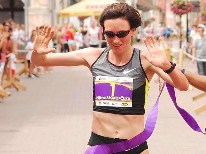 Prokopčuka ceturto reizi triumfē Kuldīgas pusmaratonā