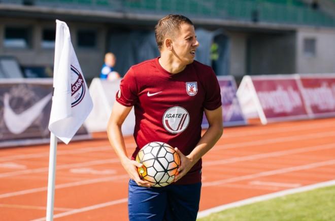 """Grigarāvičs pamet """"Jelgavu"""", RFS pievienojas serbu centra aizsargs"""