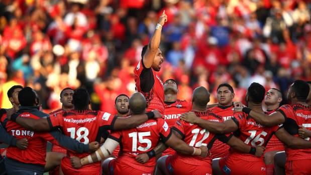 Tongas un Samoa regbisti attiecības skaidro dejojot