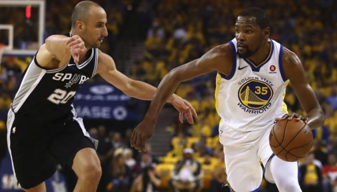 """Bertānam un """"Spurs"""" bezierunu zaudējums pret """"Warriors"""" sērijas pirmajā spēlē"""