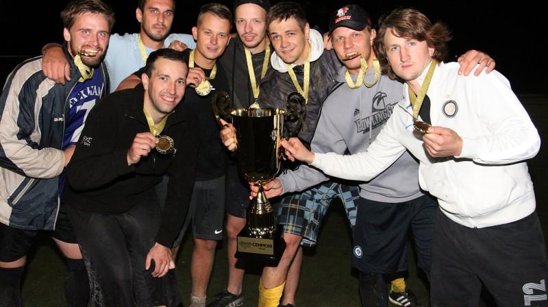 """Mārupes """"Ghetto Football 6:6"""" čempionu titula izcīnīja """"Jaunmārupes dūži"""" Foto: Renārs Buivids (Ghetto Family)"""