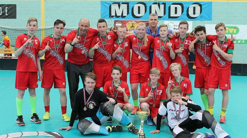 """Komanda """"Lielvārde"""" - U14 turnīra čempione Foto: Romans Nazarovs"""