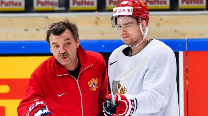 Oļegs Znaroks un Jevgeņijs Kuzņecovs Foto: Sputnik/Scanpix