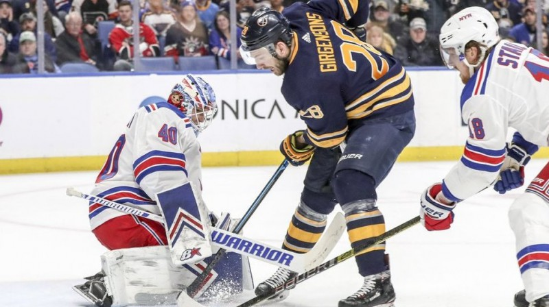 Zemgus Girgensons. FOTO: James P. McCoy/Buffalo News.