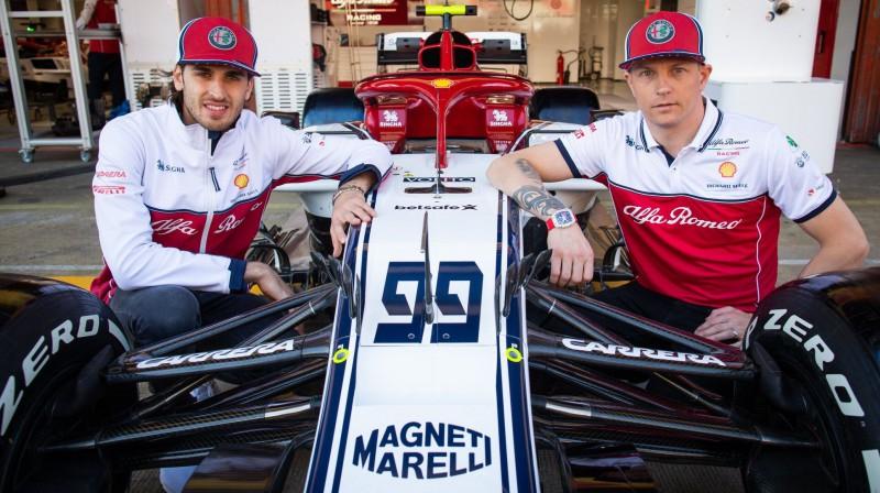 Antonio Džovinaci un Kimi Raikonens. Foto: Alfa Romeo Racing