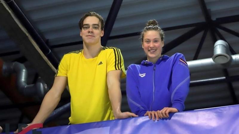 Didzis Rudavs un Ieva Maļuka. Foto: Latvijas Peldēšanas federācija