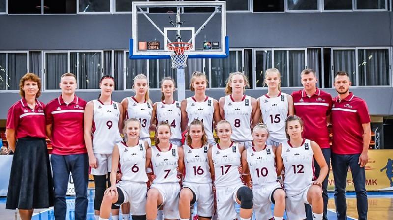 Latvijas U16 meiteņu basketbola izlase. Foto: FIBA