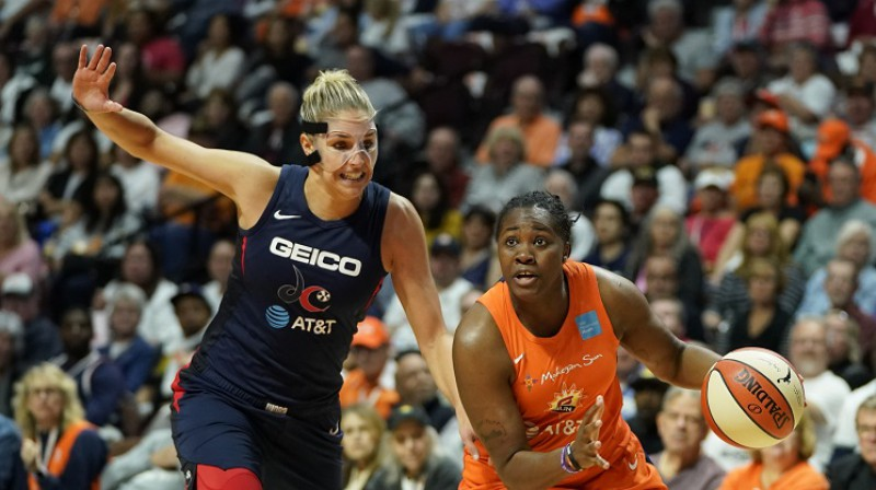 Elena Delle Donne un Šekinna Striklena. Foto: USA Today/Scanpix