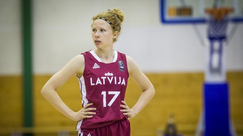 Ance Zeidaka vasarā 16 gadu vecumā debitēja Latvijas U20 izlasē. Foto: FIBA