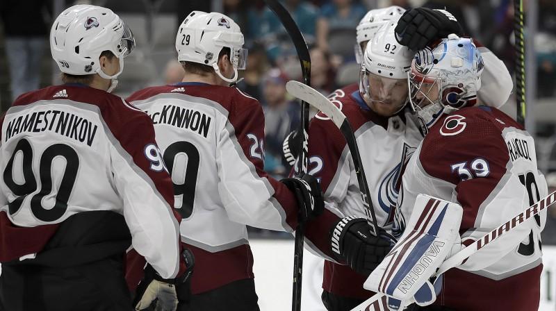"Kolorado ""Avalanche"" hokejisti. Foto: AP/Scanpix"