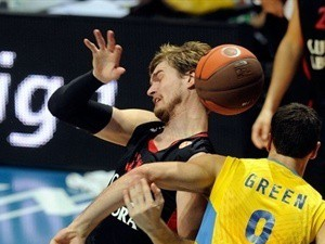 Eirolīgas nedēļas MVP – Splitters un Volšs
