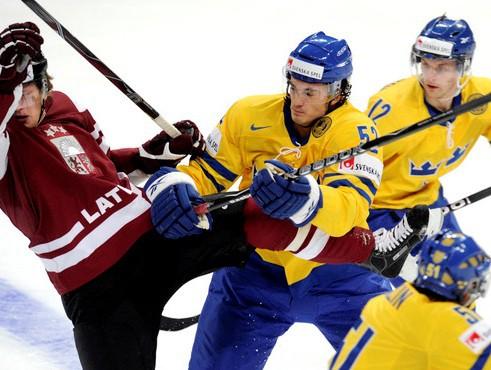 Latvija pretojas, taču uzvar Zviedrija