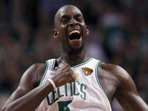 """""""Celtics"""" uzvaras attālumā no NBA titula"""