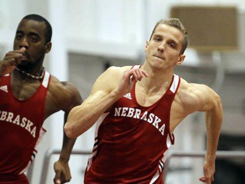 Leitis labo Latvijas rekordu 400m telpās