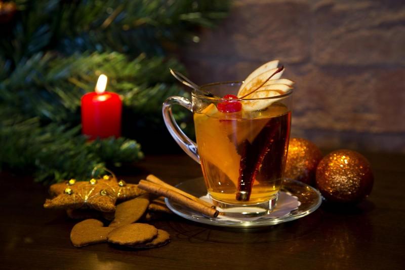 6 īpaši sildošu dzērienu receptes janvāra aukstumā