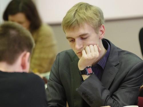 Par Latvijas čempioniem šahā kļūst Neikšāns un Rogule