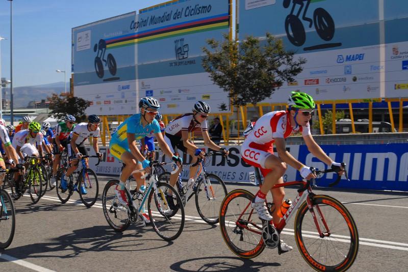 """Neilands nākamajā sezonā pārstāvēs ASV komandu """"Axeon Cycling Team"""""""""""