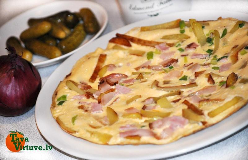 Omlete ar ceptiem kartupeļiem