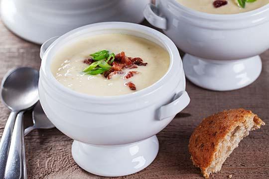 Sīpolu un bekona zupa
