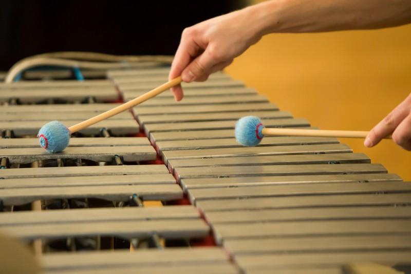 Mūzikas un mākslas skolu audzēkņus un skolotājus aicina pieteikt apbalvojumiem kultūrizglītības nozarē