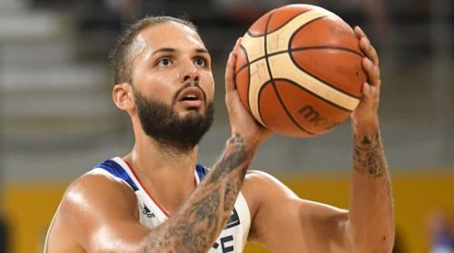 """Furnjē: """"FIBA ir lieli mēsli, viņi to dara tikai naudas dēļ"""""""