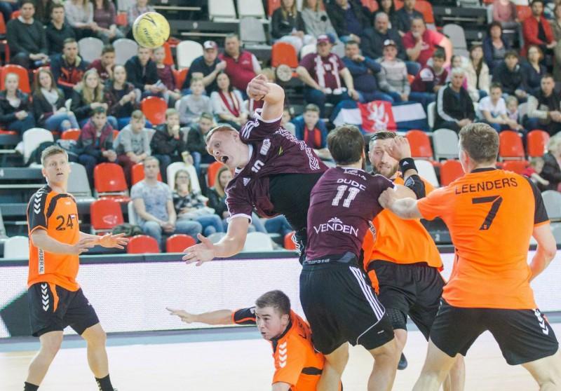 Handbolisti Eiropas čempionāta kvalifikācijas mačā Valmierā uzņems Nīderlandi