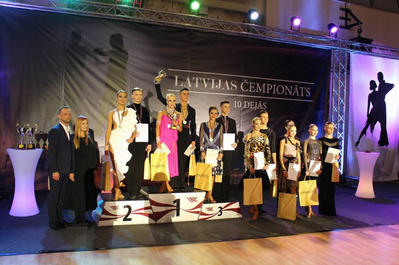 Valmierā noskaidroti labākie Latvijas čempionātā 10 dejās