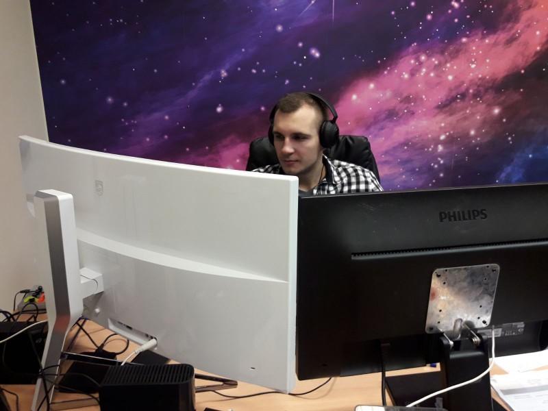 Labākie Latvijas videospeciālisti izvēlas Philips 34 collu monitorus