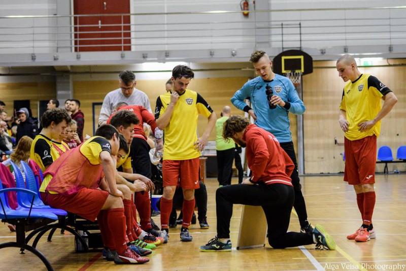 Latvijas telpu futbola 1.līgas čempionāts ieiet finiša taisnē