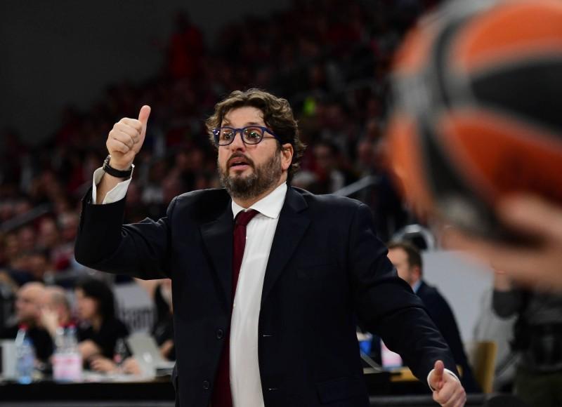 """""""Raptors"""" meklē eiropiešu treneri asistenta darbam, uzrunā Trinkjēri"""