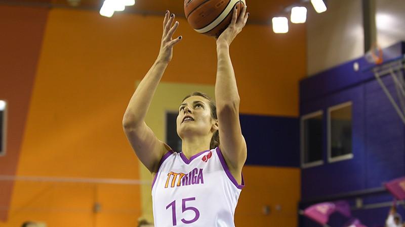 """Pedija un Pulvere liek tīkliņam kūpēt, TTT sagrauj """"Carolo Basket"""""""