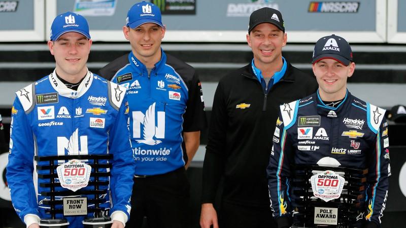 Bairons uzvar pirmajās šīgada NASCAR sacīkstēs