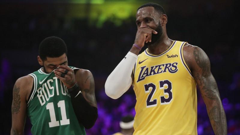 """ASV izlases treneris: """"""""Lakers"""" vajadzētu apsvērt iespēju aizmainīt Lebronu"""""""
