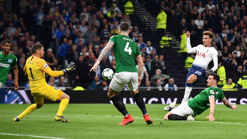 """""""Hotspur"""" izrauj uzvaru 88. minūtē, Longs iesit ātrākos vārtus Premjerlīgas vēsturē"""