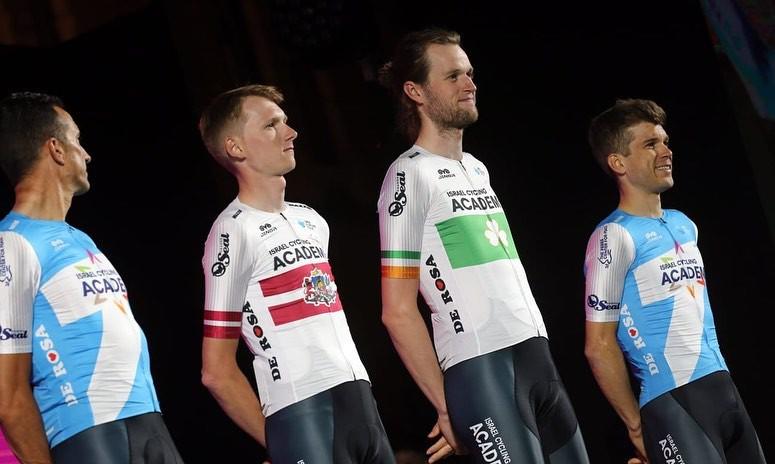 """Latvijas čempions Neilands sāks cīņu """"Giro d'Italia"""", Skujiņš Kalifornijā"""