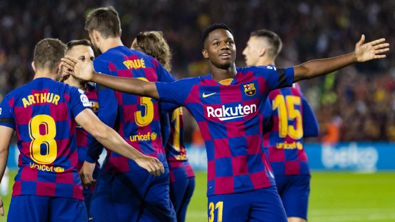 """""""Atletico"""" cieš pirmo zaudējumu sezonā, Fati sapnis turpinās """"Barca"""" uzvarā"""