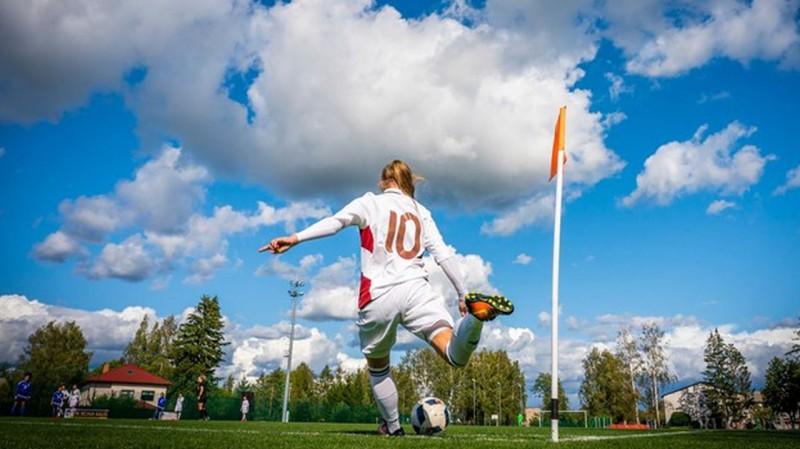 U19 futbolistēm pirmajā EČ atlases spēlē 0:7 pret Šveici