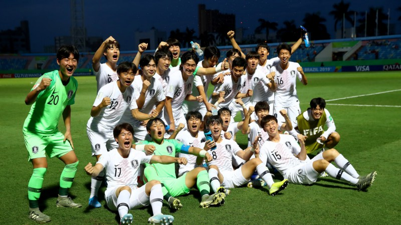 Dienvidkorejas kadeti kā pirmie iekļūst Pasaules kausa izcīņas 1/4 finālā