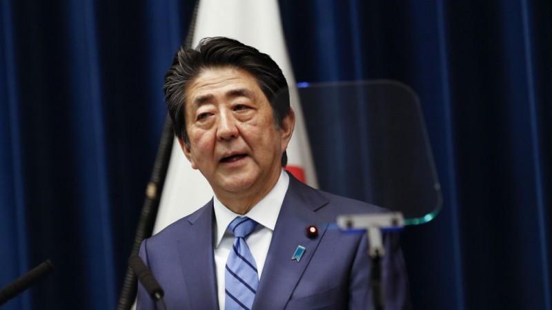 """Japānas premjers: """"Olimpiskās spēles notiks, kā plānots"""""""