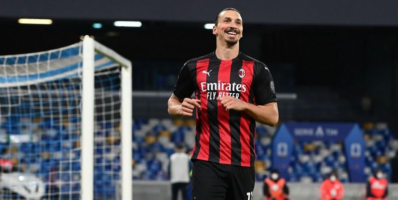 """Ibrahīmovičam divi vārti un savainojums, """"Milan"""" uzvar """"Napoli"""""""