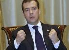 """Medvedevs: """"Sporta amatpersonām jāatkāpjas"""""""