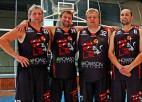 """""""Varenie runči"""" pārspēj visus tradicionālajā Igaunijas ielu basketbola turnīrā senioriem"""
