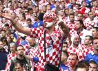 """Novickis no """"Euro 2016"""": horvāti met petardes un paliek muļķu lomā"""