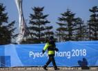 Vīrusa dēļ no olimpisko spēļu apsargāšanas nācies atsaukt 1200 cilvēkus