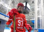 Olimpiskā sportiste no Krievijas par speršanu Somijas hokejistei saņem diskvalifikāciju